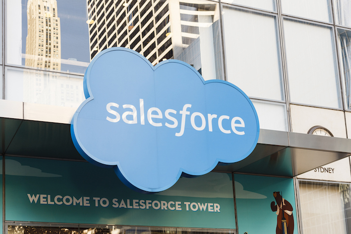 Signage on the Salesforce Tower at 6th Avenue